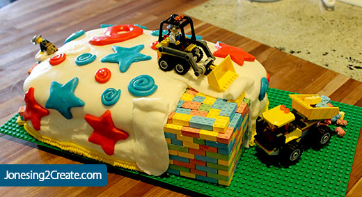 Lego-cake-construction