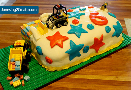 lego-construction-cake