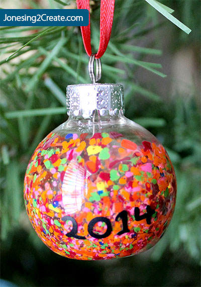 crayon-ornament