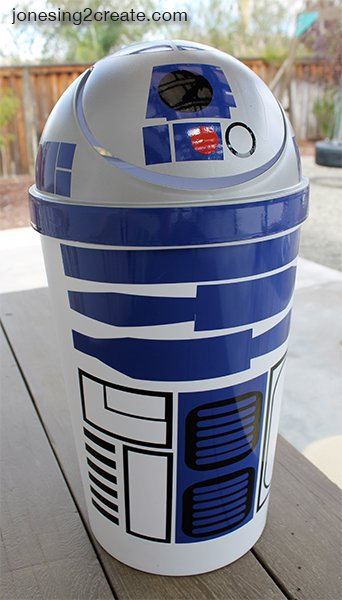r2d2-garbage-can
