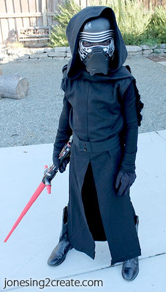 diy-Kylo-Ren-Costume-pattern