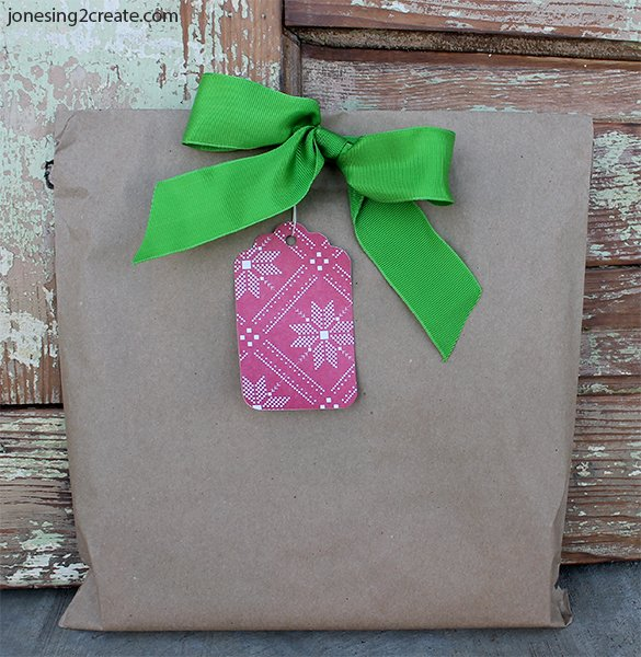 easy-christmas-wrapping-10