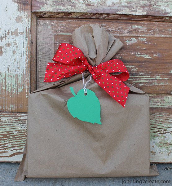 easy-christmas-wrapping-12