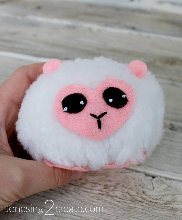 Pygmy Puff Kid Craft