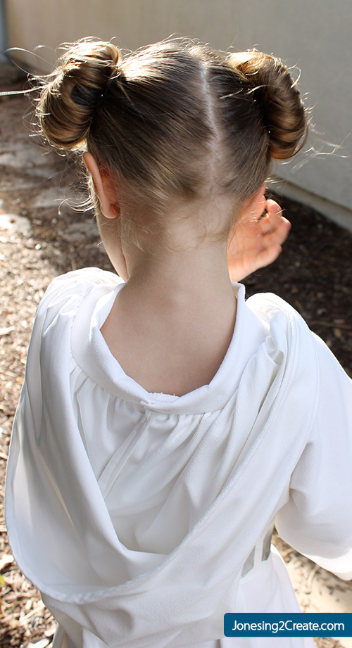 Child-Princess-Leia-collar