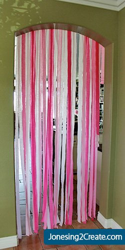 pinkalicious-birthday-curtain