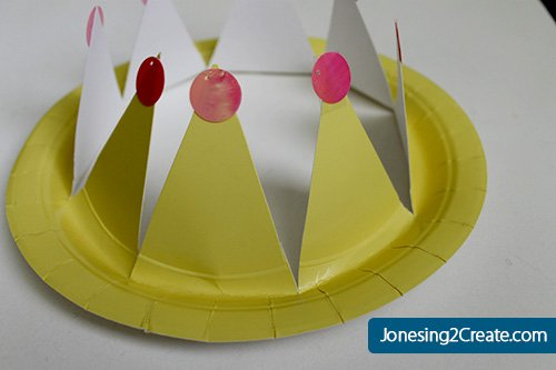 pinkalicious-paper-plate-crown