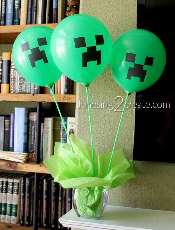 minecraft-creeper-balloons