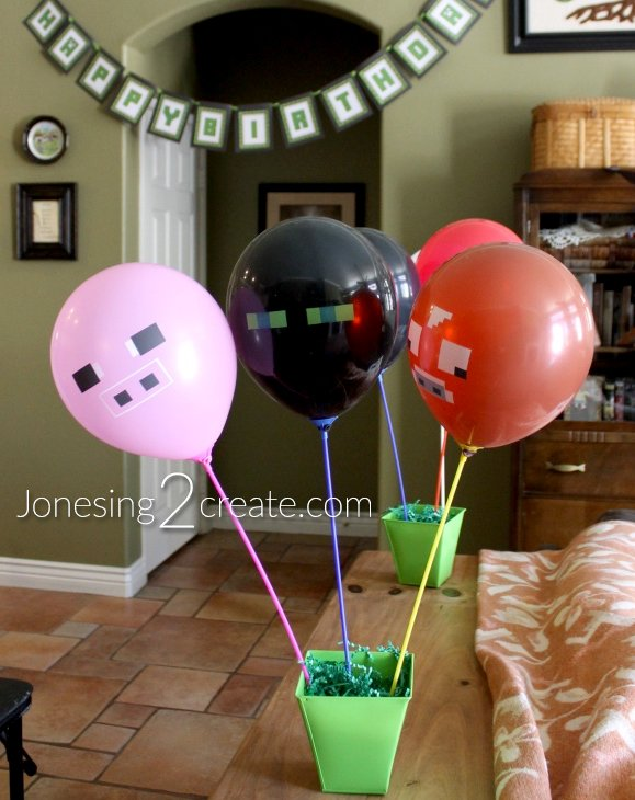 minecraft-party-balloons